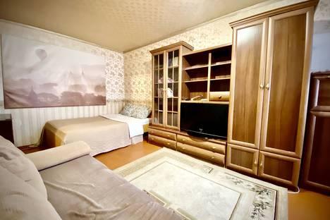 Сдается 1-комнатная квартира посуточно в Коломне, октябрьской революции 344.