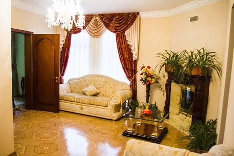 Сдается 3-комнатная квартира посуточно в Партените, Санаторная ул., 3.
