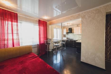 Сдается 1-комнатная квартира посуточно в Астрахани, ул. Маркина, 48/2.