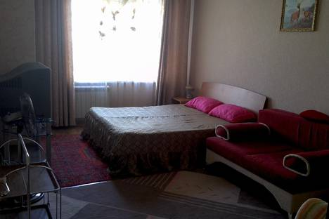 Сдается 2-комнатная квартира посуточно в Салавате, ленинградская 11.
