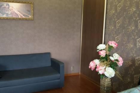 Сдается 1-комнатная квартира посуточно в Нижнем Тагиле, Строителей проспект, 1.