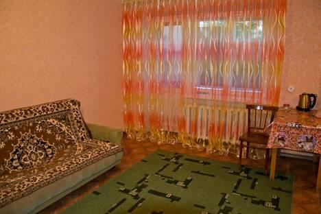 Сдается 1-комнатная квартира посуточно в Яровом, Квартал, Б 12.
