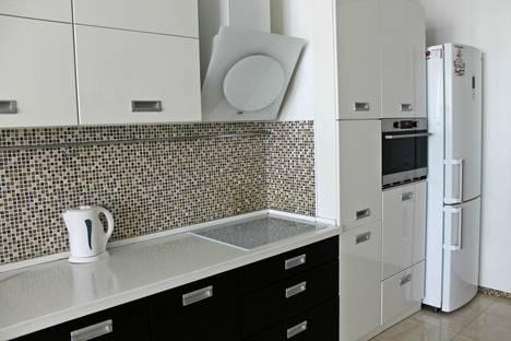 Сдается 4-комнатная квартира посуточно в Волгограде, Донецкая 16 а.