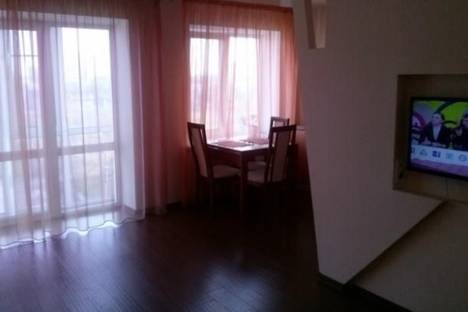 Сдается 1-комнатная квартира посуточно в Энгельсе, Ленина, 14.