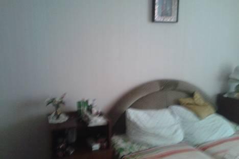 Сдается 2-комнатная квартира посуточно в Яровом, Квартал В-15.