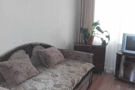 Сдается 2-комнатная квартира посуточно в Алуште, Ялтинская, 11.