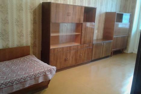 Сдается 1-комнатная квартира посуточнов Сергиевом Посаде, проспект Красной Армии,  дом 3.