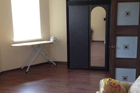 Сдается 2-комнатная квартира посуточно в Салехарде, ул. Совхозная, 8.