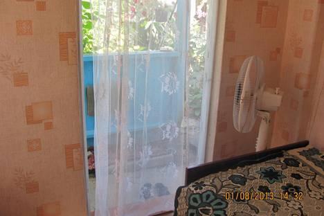 Сдается комната посуточно в Севастополе, Челюскинцев 56.