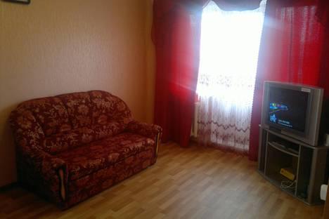 Сдается 1-комнатная квартира посуточно в Кургане, ул. Пролетарская, 17.