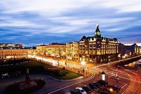 Сдается 2-комнатная квартира посуточнов Санкт-Петербурге, Адмиралтейская набережная, 10.