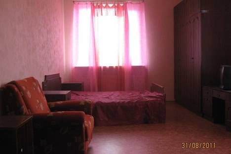 Сдается 2-комнатная квартира посуточно в Судаке, Коммунальная, 5.