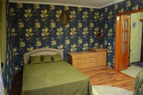 Сдается 1-комнатная квартира посуточнов Саки, ул.Кузнецова 22.