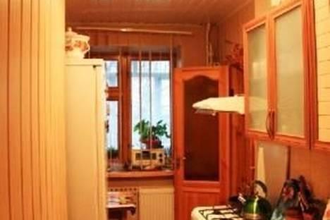 Сдается 2-комнатная квартира посуточнов Новом Свете, Голицина 28.