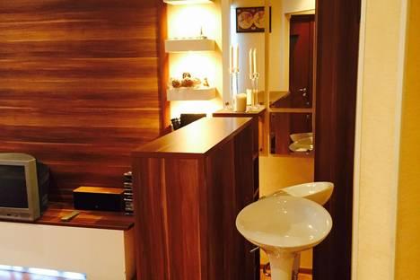Сдается 2-комнатная квартира посуточно в Туле, Проспект Ленина 61.