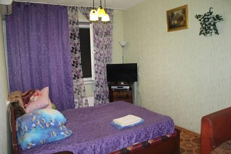 Сдается 1-комнатная квартира посуточнов Самаре, Съездовская ул., 8Е.