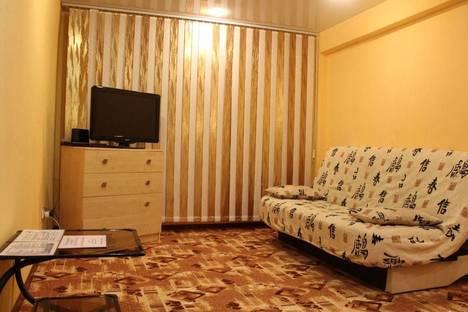 Сдается 1-комнатная квартира посуточно в Тихвине, 6 микрорайон, д. 27.
