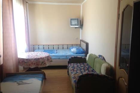 Сдается комната посуточно в Новороссийске, Ломоносовская 23.