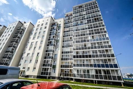 Сдается 2-комнатная квартира посуточно в Ханты-Мансийске, ул. Строителей, 100.