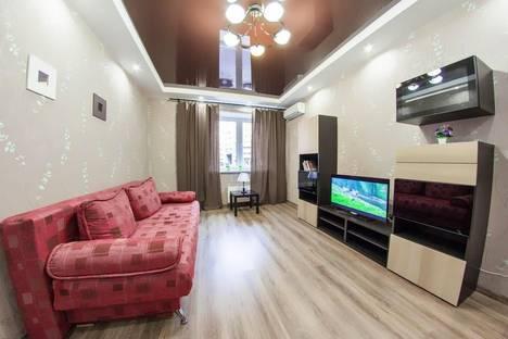 Сдается 2-комнатная квартира посуточно в Уфе, ул. Бакалинская 19.