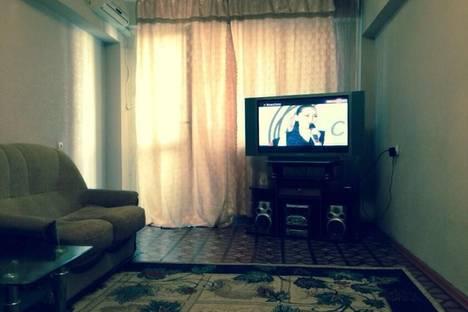 Сдается 2-комнатная квартира посуточно в Алматы, Тастак-3, Розыбакиева 45 — Толе би.