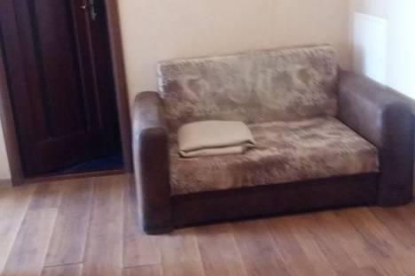 Сдается 2-комнатная квартира посуточно в Калинковичах, никонова 15.