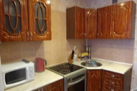 Сдается 3-комнатная квартира посуточно в Тольятти, Татищева 21.