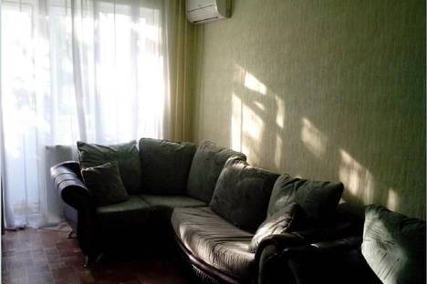 Сдается 3-комнатная квартира посуточно в Ейске, Р. Люксембург, д.172.