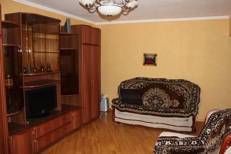 Сдается 2-комнатная квартира посуточно в Белгороде, ул. Белгородского полка, 50.