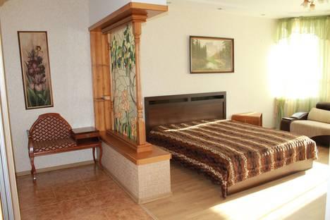 Сдается 1-комнатная квартира посуточно в Тюмени, Циолковского 7.