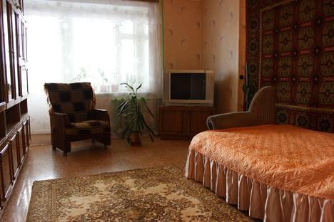 Сдается 1-комнатная квартира посуточнов Кирове, Волкова, 1.