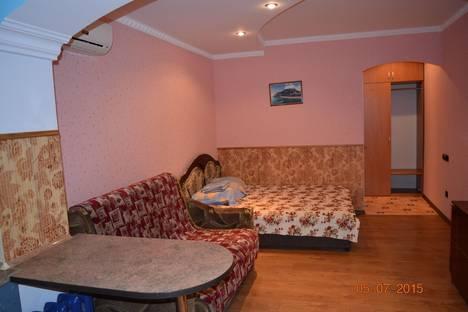 Сдается 1-комнатная квартира посуточно в Партените, фрунзенское шоссе 7.