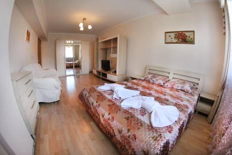 Сдается 1-комнатная квартира посуточнов Алматы, Сейфуллина,510.
