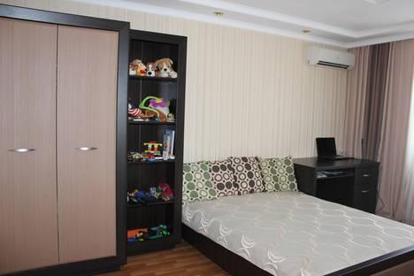 Сдается 2-комнатная квартира посуточно в Судаке, Ленина, 44.