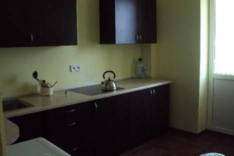 Сдается 1-комнатная квартира посуточно в Мурманске, ул. Карла Маркса, 40.