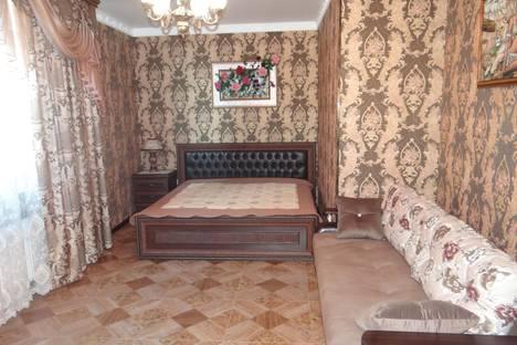 Сдается 1-комнатная квартира посуточно в Анапе, ул. Терская, 79.