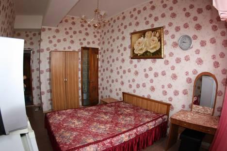 Сдается комната посуточно в Анапе, ул. Ленина, 67.