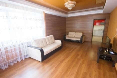 Сдается 2-комнатная квартира посуточно в Саранске, Мордовская 35 ул., 50\1.
