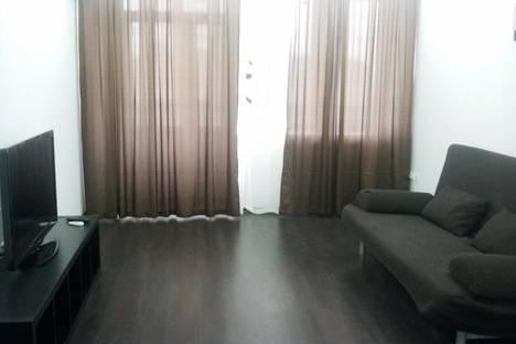 Сдается 1-комнатная квартира посуточно, ул. Воскресенская, 106.