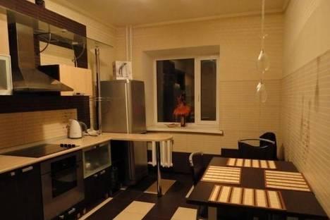 Сдается 1-комнатная квартира посуточно в Северодвинске, Комсомольская 41.