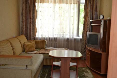 Сдается 2-комнатная квартира посуточно в Нижнем Тагиле, Выйская 31.