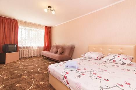 Сдается 1-комнатная квартира посуточнов Екатеринбурге, ул. Малышева, 7.