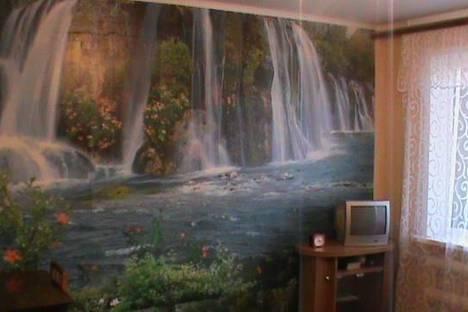 Сдается 2-комнатная квартира посуточнов Сызрани, ул. Московская, 25.