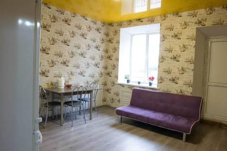 Сдается 3-комнатная квартира посуточно в Смоленске, Фрунзе, 6.