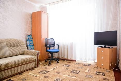 Сдается 1-комнатная квартира посуточно в Ухте, ул. Октябрьская, 32.