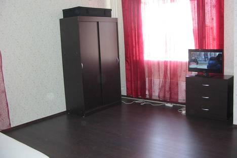 Сдается 1-комнатная квартира посуточно в Химках, мкр. Сходня, ул Ленина, 33.
