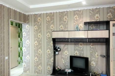 Сдается 1-комнатная квартира посуточнов Казани, ул. Адоратского, 1.