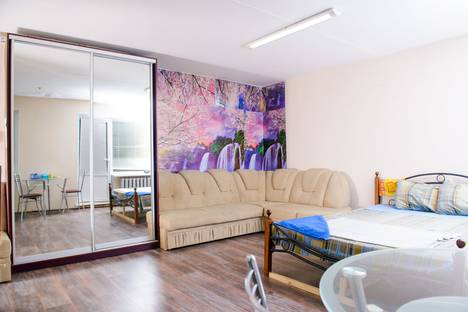 Сдается 1-комнатная квартира посуточно в Ухте, переулок Чибьюский, 4.