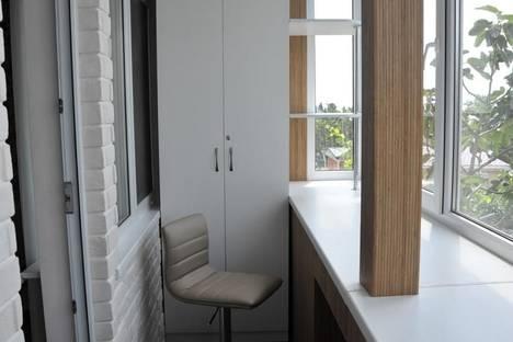 Сдается 1-комнатная квартира посуточно в Алупке, Розы Люксембург 16.