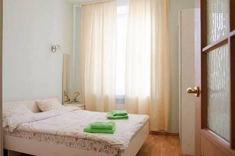 Сдается 2-комнатная квартира посуточнов Санкт-Петербурге, набережная канала Грибоедова, д. 33.